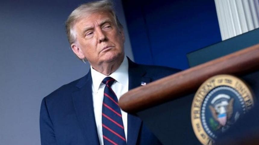 Demócratas planean acusar a Trump de incitar insurrección en juicio político