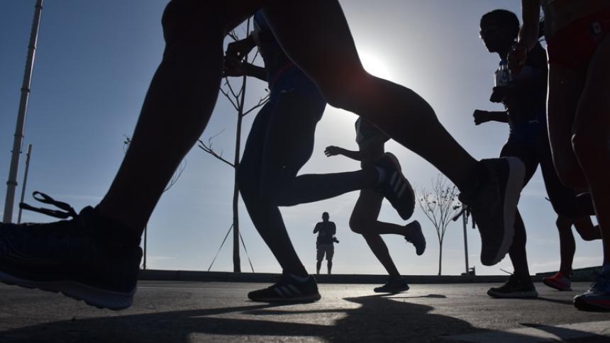 La sombra de la pandemia ha estado sobre los deportistas evitando que puedan entrenar con normalidad.