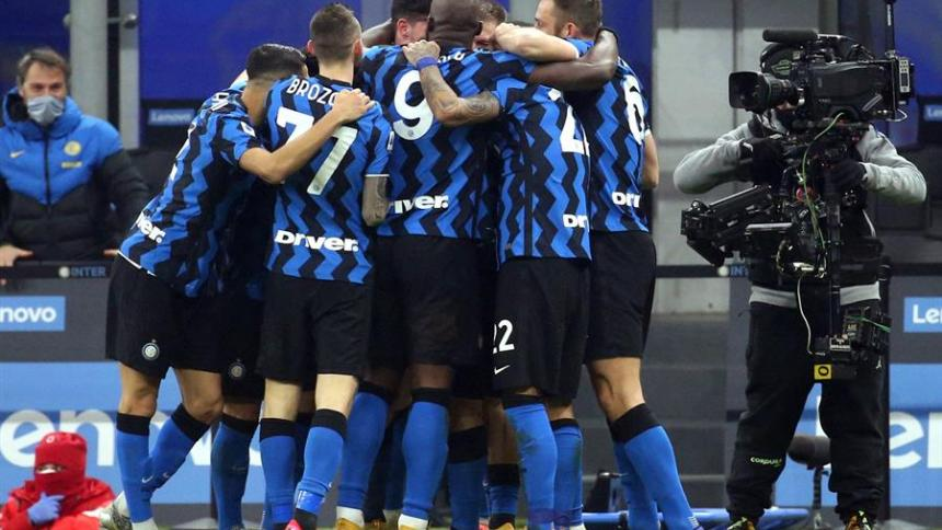 El Inter de Milán venció al Juventus por 2-0.