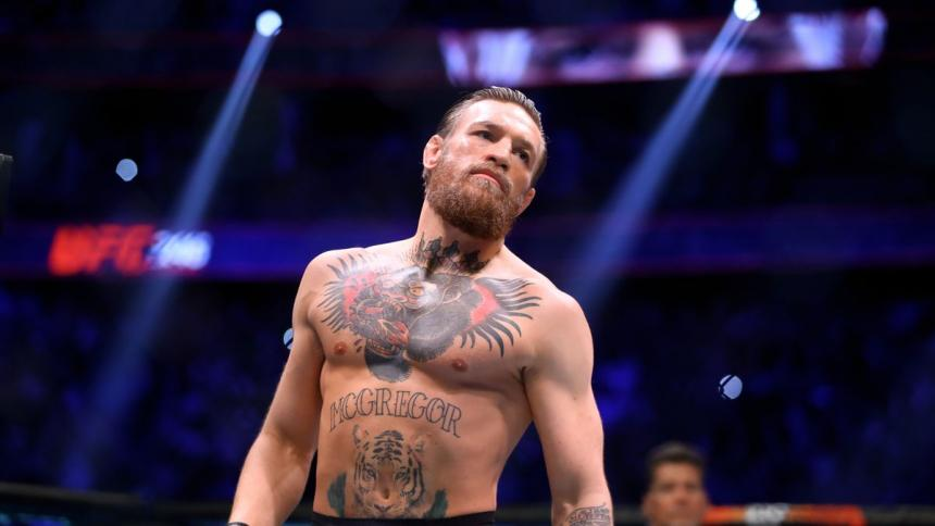 """Dos mujeres denuncian a Conor McGregor por """"daños personales"""""""