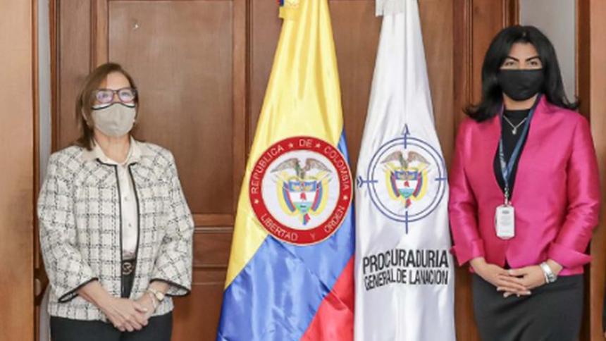 La procuradora general y la exsecretaria.