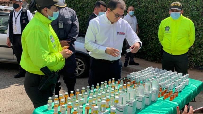 Fiscalía incauta más de una tonelada de medicamentos falsos