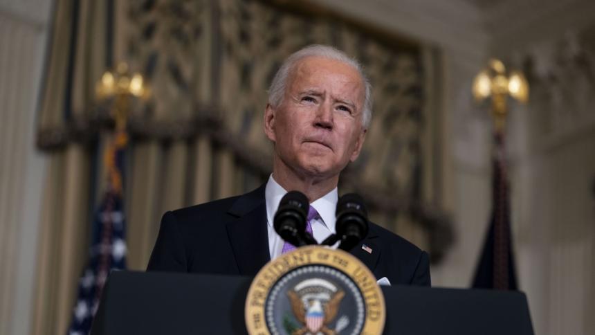 Biden rechaza que Trump siga recibiendo informes de inteligencia