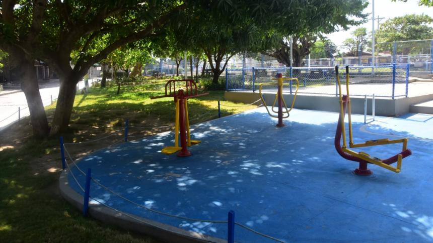En el parque del barrio La Unión hurtaron, además de los cables de las luminarias, la acometida que alimenta el tablero general del sistema eléctrico.