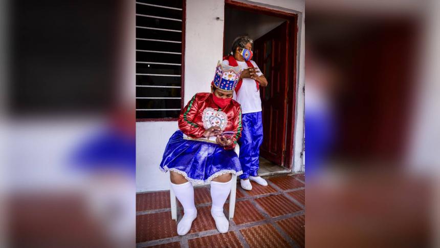 Los amantes del Carnaval exploraron por su cuenta en Google sobre los orígenes de la fiesta.