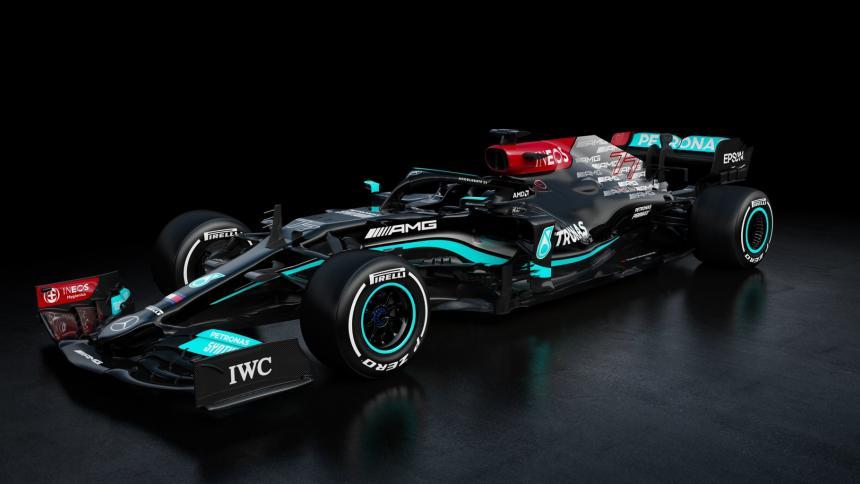 Mercedes presenta el W12 con el que Hamilton buscará el octavo título