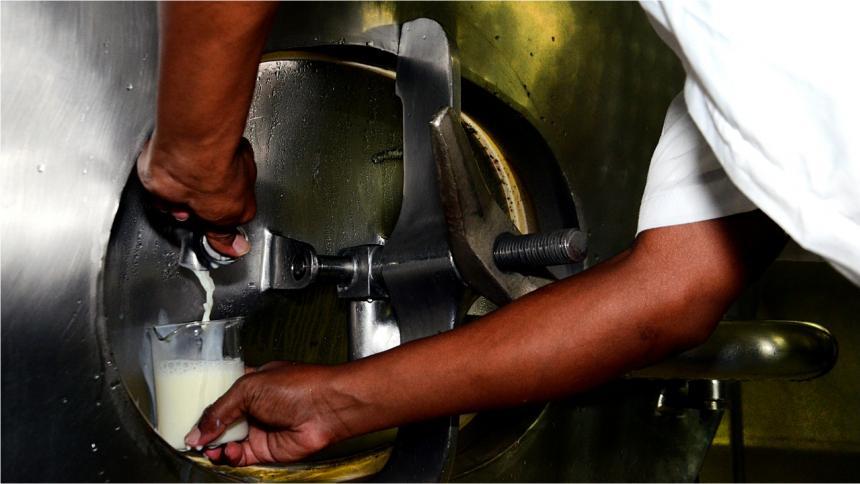 Fedegán pide aplicar salvaguardia para las importaciones de leche