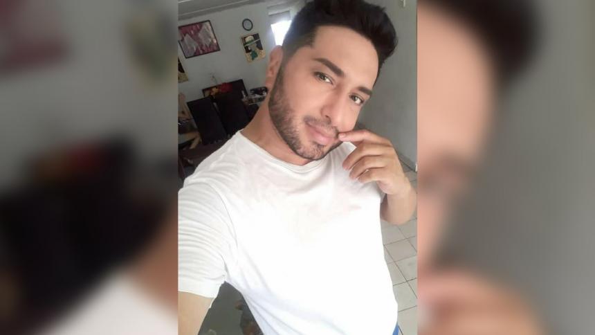 Muere por covid-19 presentador del Carnaval Gay