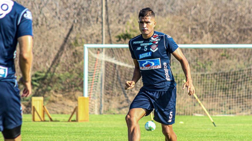 Larry Vásquez habla sobre el partido Junior-Bolívar en la altura de La Paz