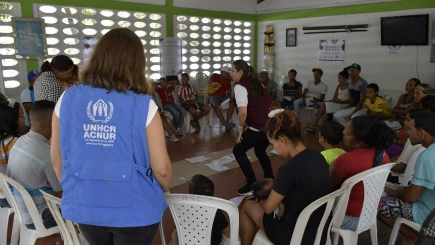 Acnur pide que se garantice el acceso a vacunas para los refugiados