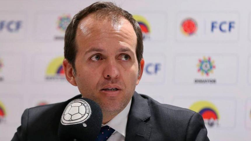 Ministro del Deporte, Ernesto Lucena, positivo por covid-19