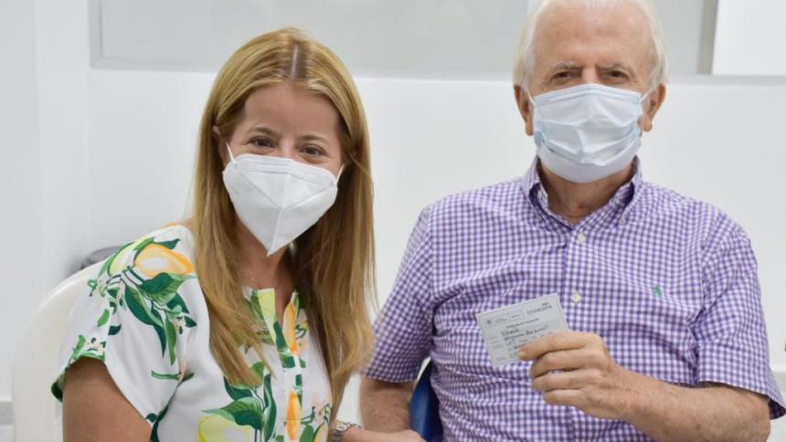 Papá de la gobernadora Elsa Noguera ya fue vacunado