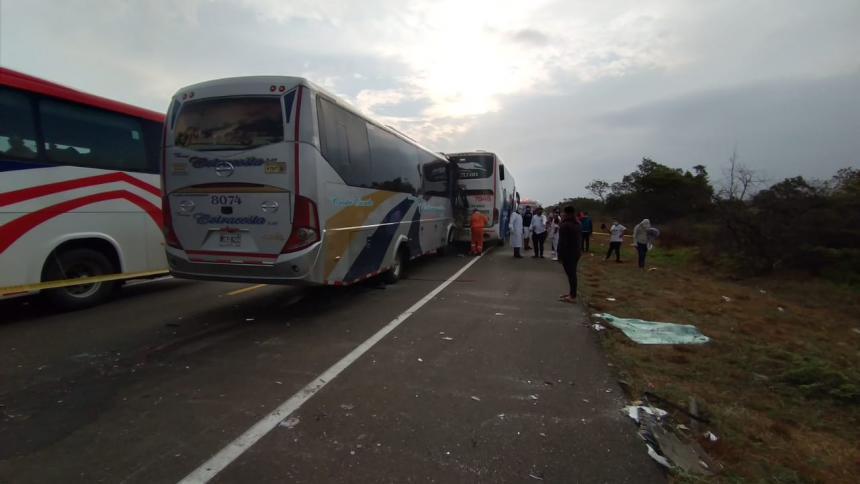 un muerto y dos heridos tras choque entre Barranquilla y Ciénaga
