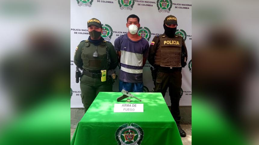 Cae hombre en Cartagena con pistola que era usada por oficiales de Hitler
