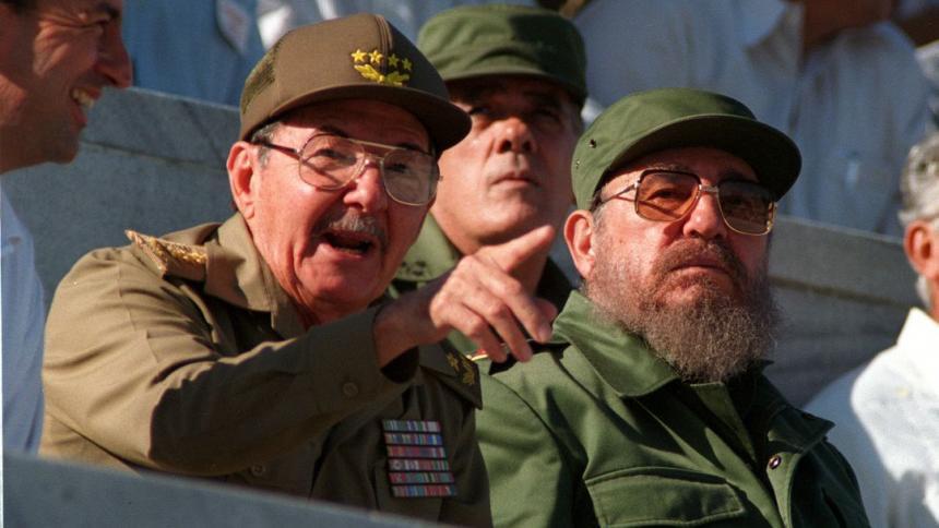 Archivos de la CIA revelan dos intentos de matar a Fidel y Raúl Castro