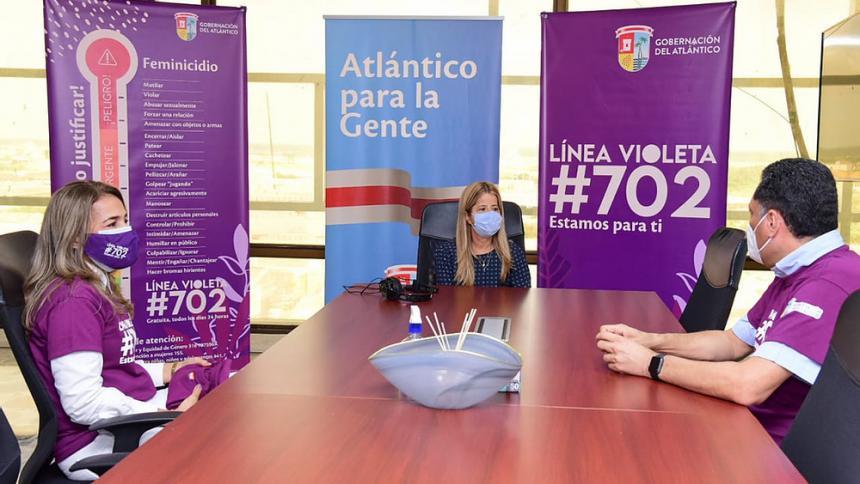 ¿Cómo funciona la Línea violeta de la Gobernación del Atlántico?