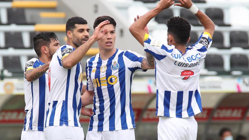 El Porto sigue en la persecución por el liderato