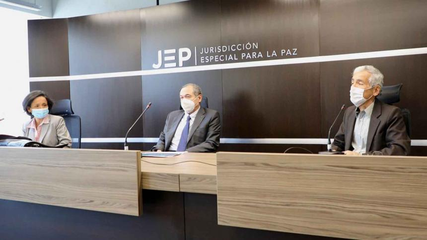 Defensoría deberá presentar informe sobre crímenes de líderes y ex-Farc