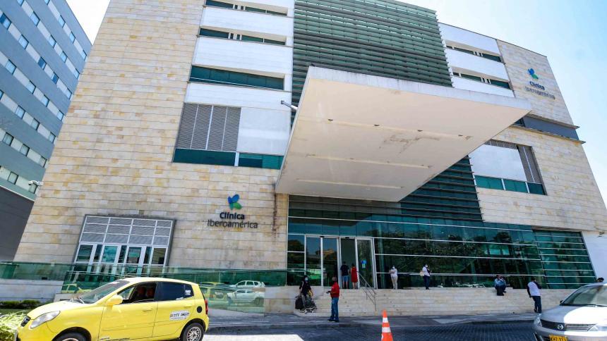 Por covid-19 fallece reconocido neurocirujano en Barranquilla