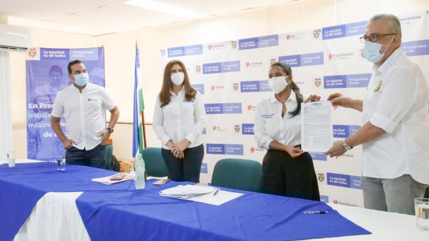 Firman convenios para obras de infraestructura en Córdoba