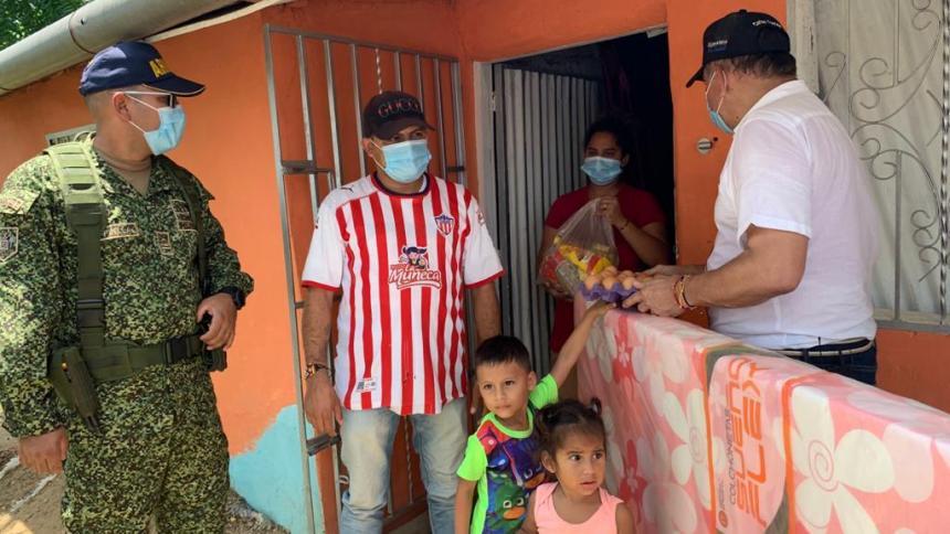 Ayuda humanitaria a damnificados de ola invernal en El Carmen de Bolívar
