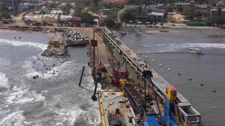 Terminó pilotaje en las obras de reconstrucción del muelle de Puerto Colombia