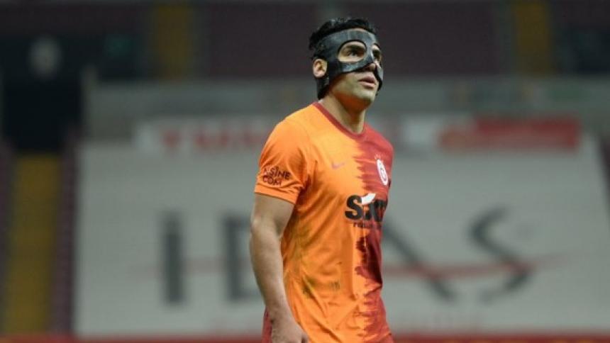 Falcao volvió a jugar tras haber sufrido una fractura facial