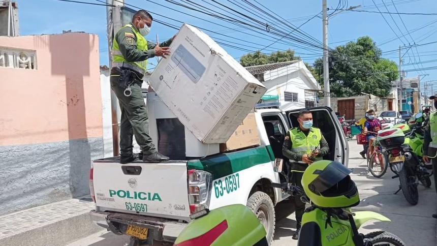 Policía recupera electrodomésticos saqueados en Ciénaga