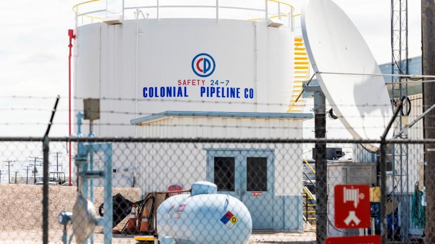 Combustibles se estabilizan a espera del retorno de red oleoductos de EE. UU.