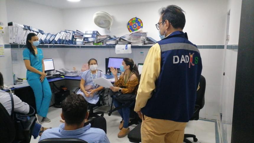 Por falta de licencias suspenden servicios en clínica de Cartagena