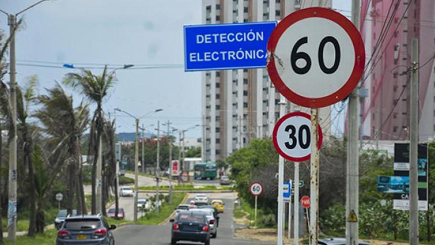OMS pide generalizar a menos de 30 km/h la velocidad de los autos en ciudades