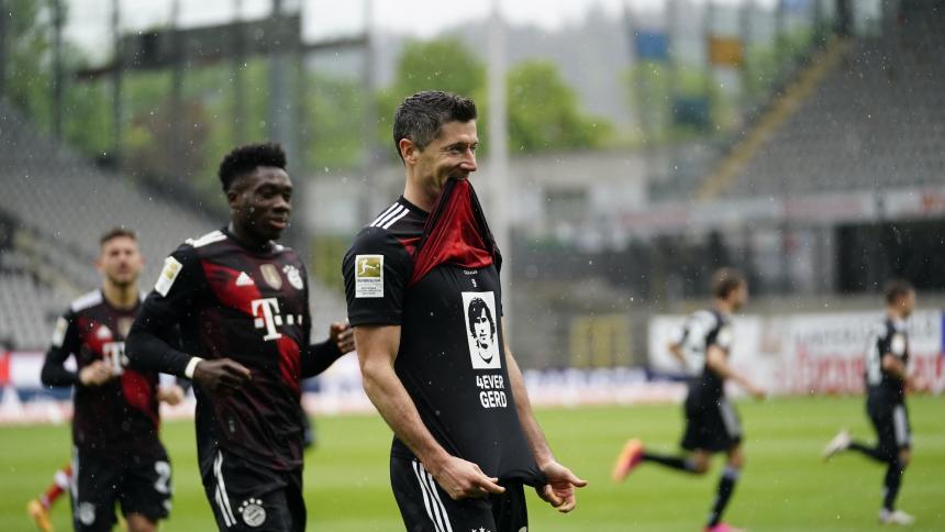 Lewandowski iguala récord de 40 goles de Gerd Müller