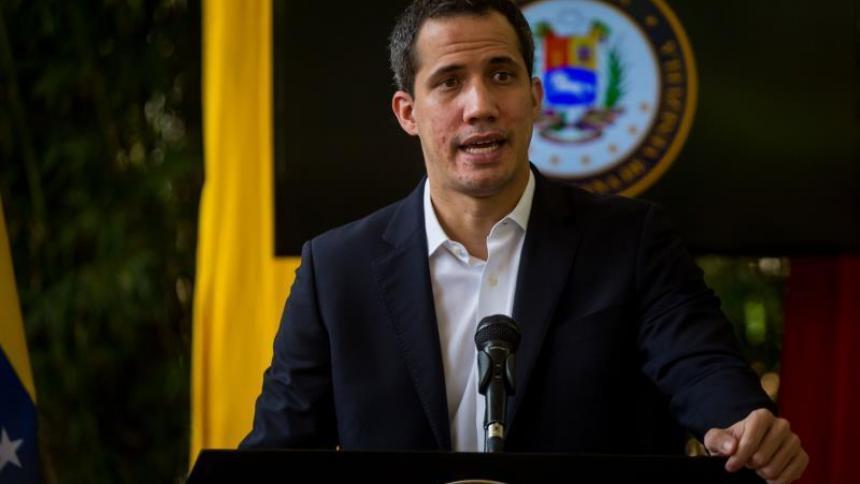 """Oposición venezolana dice que """"alianza"""" de Maduro con las Farc se sancionará"""
