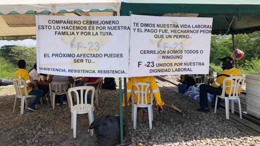 Cerrejón suspendió operaciones por bloqueos en la vía férrea