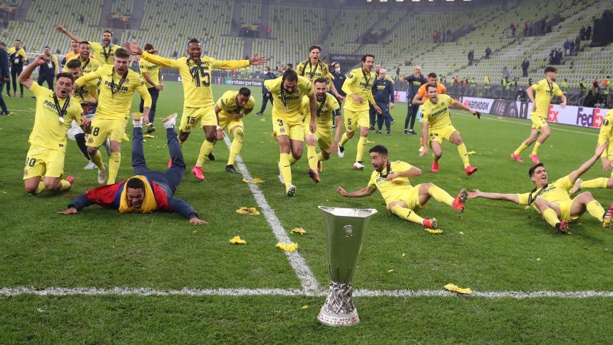 Bacca, titular con el Villarreal en la final de la Liga de Europa