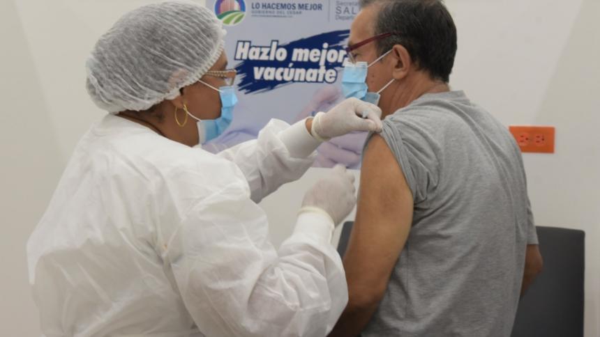 Habilitarán estadio de fútbol para vacunación masiva en Valledupar