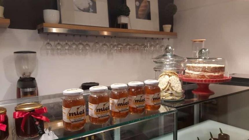 La miel de Chengue sigue conquistando mercados nacionales
