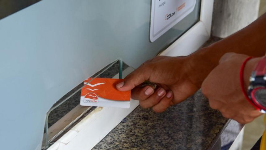 Usuarios de Transcaribe, a personalizar tarjetas