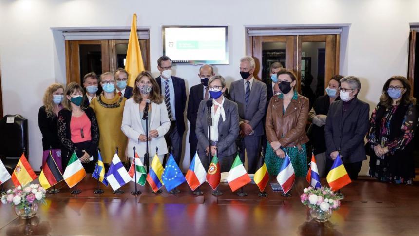 """""""Colombia y la UE comparten los valores de los DD. HH."""": embajadora Llombart"""