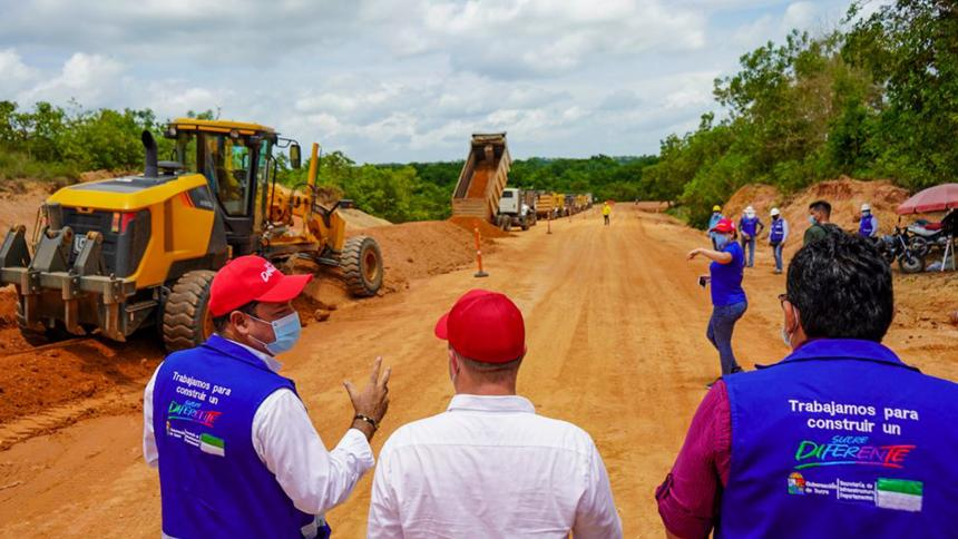 Obra en la vía Las Tablitas - San Marcos en Sucre, presenta avance del 16%