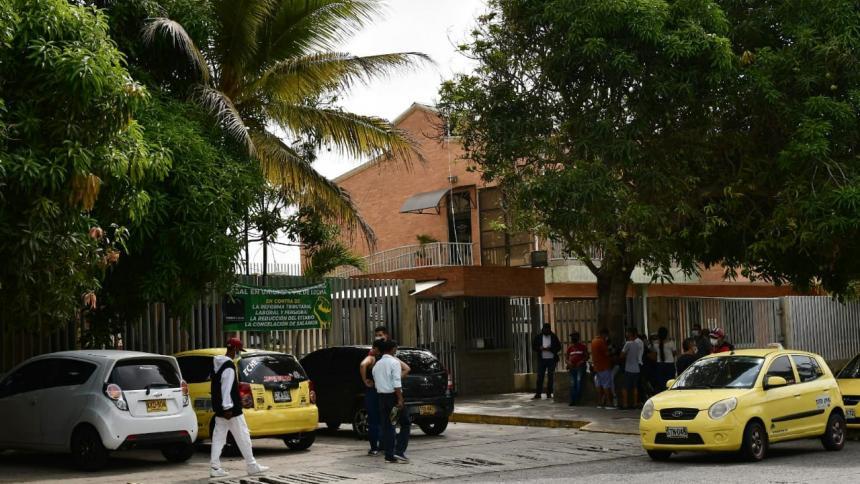 Investigan muerte a bala de una mujer en el barrio Las Flores