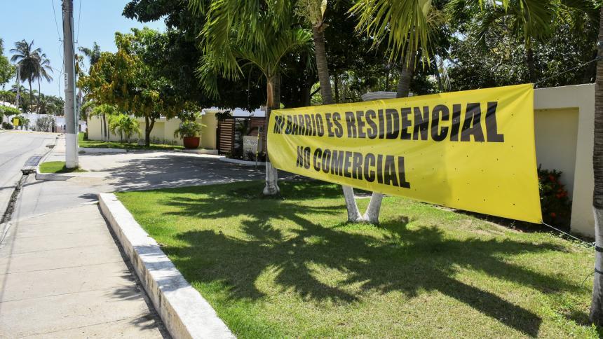 Construcción de local comercial causa molestia en Villa Campestre