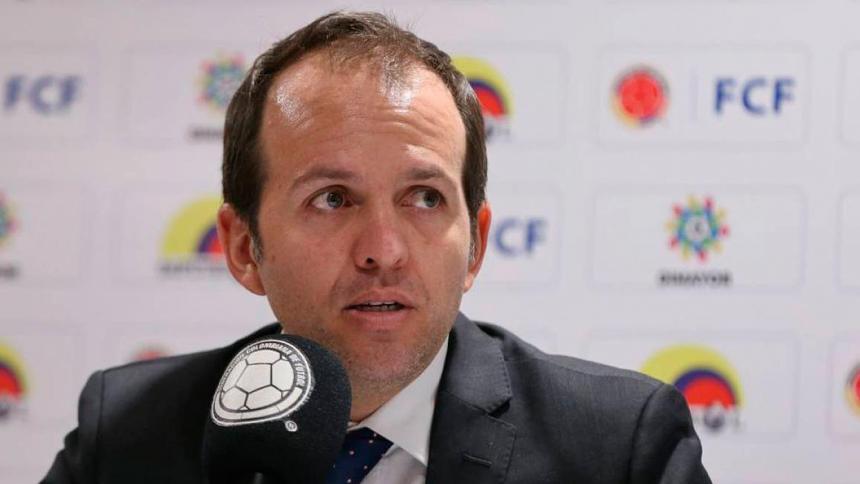 Ernesto Lucena se va del Ministerio de Deporte