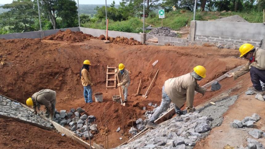 Minvivienda verificó construcción de acueducto rural en Montería