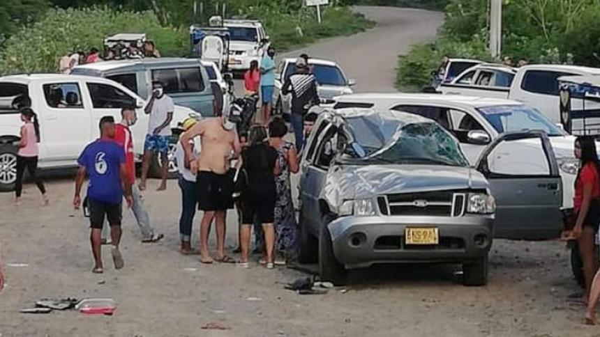 En grave estado hermano del alcalde de Hatonuevo herido en  accidente de tránsito