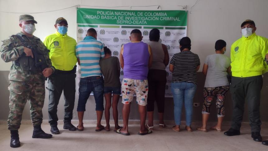 Policía captura a seis de 'los del Bronx' en Manatí y Campo de la Cruz