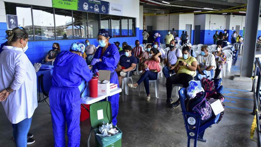 Vacunación del personal de educación: van 13.945 dosis