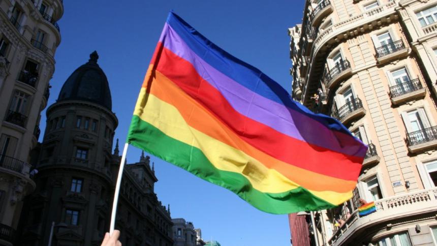La Eurocámara mostrará la bandera Lgtbiq en sus edificios tras decisión Uefa