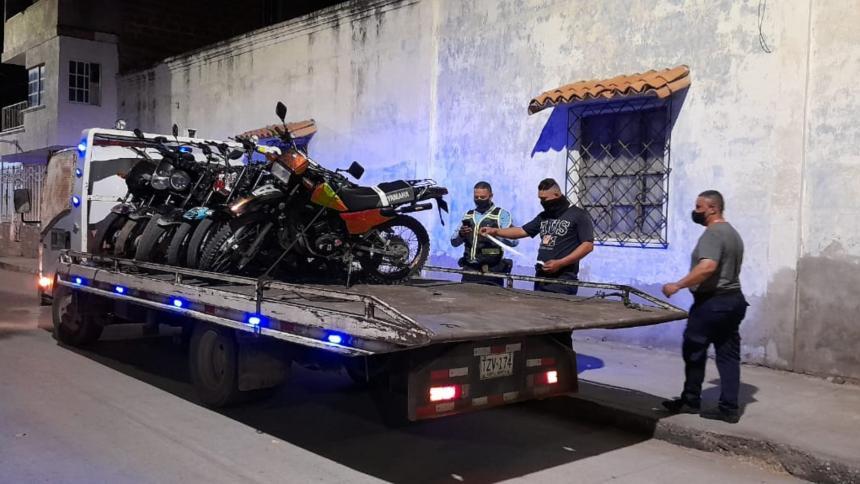 Inmovilizan motos para piques ilegales en Santa Marta