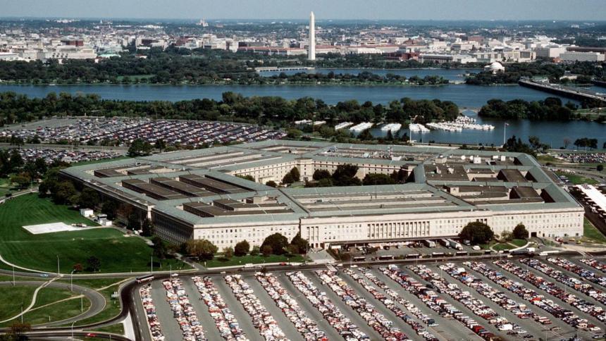 Pentágono reveló informe sobre objetos voladores no identificados